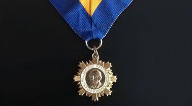 mel-osborne-medalion